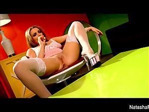 fantastic brunette Natasha receives a honeypot pounding