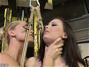 Kathia Nobili whip the tongue of hottie chick