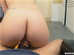 Kimmy Kush slammed in her cock-squeezing cunny
