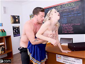 Cheerleader Chloe Couture pulverizes her fave teacher