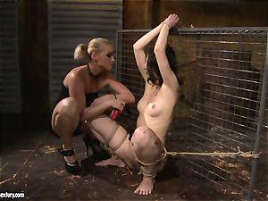 Kathia Nobili love spanking a lusty chick