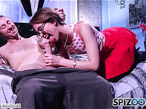 Retro porno with a youthfull rock 'n' spin college girl Riley Reid