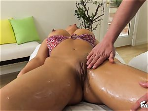 red-hot mummy fuckslut luvs to tear up after rubdown