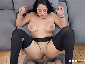 Cristal Caraballo drilled in her latina pussyhole