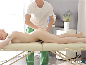 dirty Flix - fuck-fest on a folding massage table