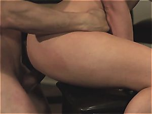 Fuck-doll gets her face slammed with pipe