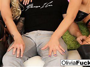 Olivia Austin torrid threesome