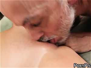 superslut Alanah Rae gets slurped out by a wrinkly grandfather