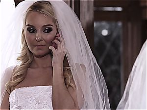 warm Bride cuckold on the day before the wedding