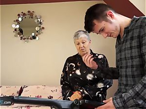 AGEDLOVE granny Savana boinked with truly rock hard stick