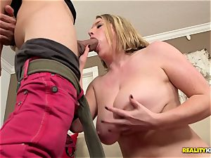 Chunky cougar Maggie Green licks some firm meat