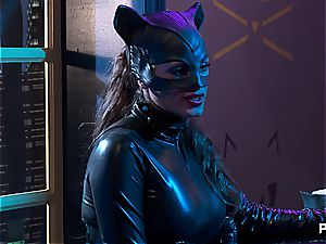 Alexa Nicole gives the greatest deep throat and group fuck in Gotham