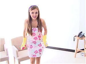 OPERACION LIMPIEZA - teenage Latina maid gets boinked rock-hard