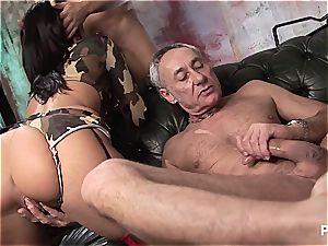 brit femmes luving some gang sex