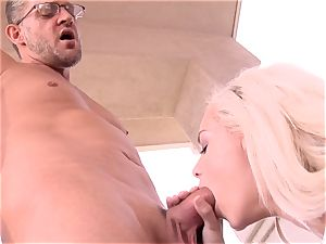 super sugary-sweet Elsa Jean takes no time accepting this ample weenie