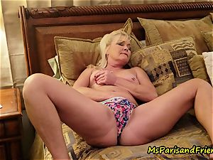 mommy Plays with Herself The Has pee piss have fun Time