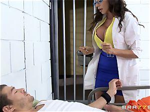 luxurious prison doctor Ariella Ferrera jerks off her patient