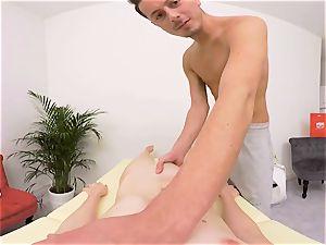 ANNA SWIX- plowing ON THE massage TABLE AND bj