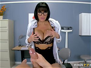 Veronica Avluv makes sure this scorching patient is fully satiated