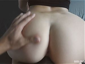 Naiomi Mae gargling on her bothers spunk-pump