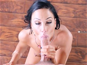 Mature mom Tiffany Brookes wedged in her cunt