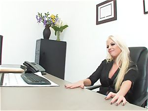 fortunate boy fucks manager Britney during his job interview