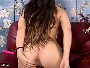 Sofie Reyez is naughty for your shaft