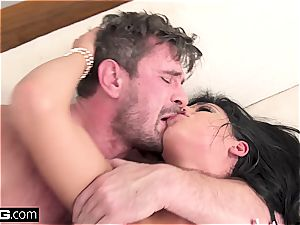 Gina Valentina gets every fuck hole slammed and humped