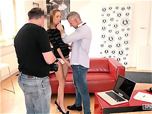 uncovered casting - torrid Czech babe humps at casting