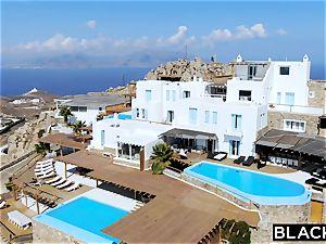 BLACKED bbc longing crimson Head Gets predominated On Vacation