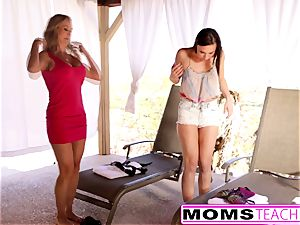 super hot mommy Brandi enjoy daughter-in-law Aidra Fox plumb beau