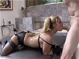 Phoenix Marie get her body crammed with grease